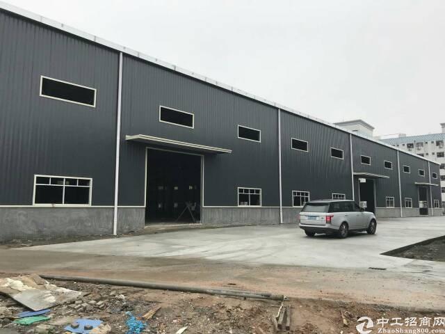 平湖华南边上新出7800平方带卸货平台标准物流仓库肖招租