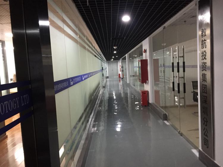 宝安区松岗年轻人创业孵化器智创空间办公环境优美10平方米起租
