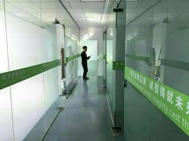 观澜福民新出楼上1000平米带精装修厂房出租-图2