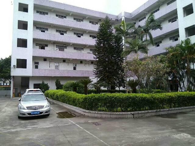 东莞南城独院厂房5800平米,宿舍1680平米,饭堂500