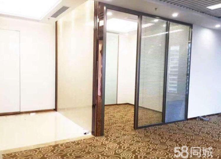 松岗天虹商场旁精装修写字楼128平方米出租