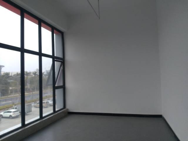 临近清湖地铁站标准厂房