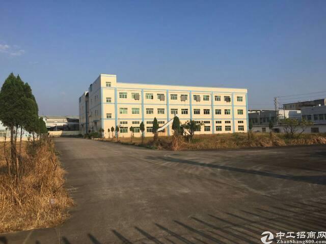 省道旁可做4S店仓库厂房13500平方招租可分租