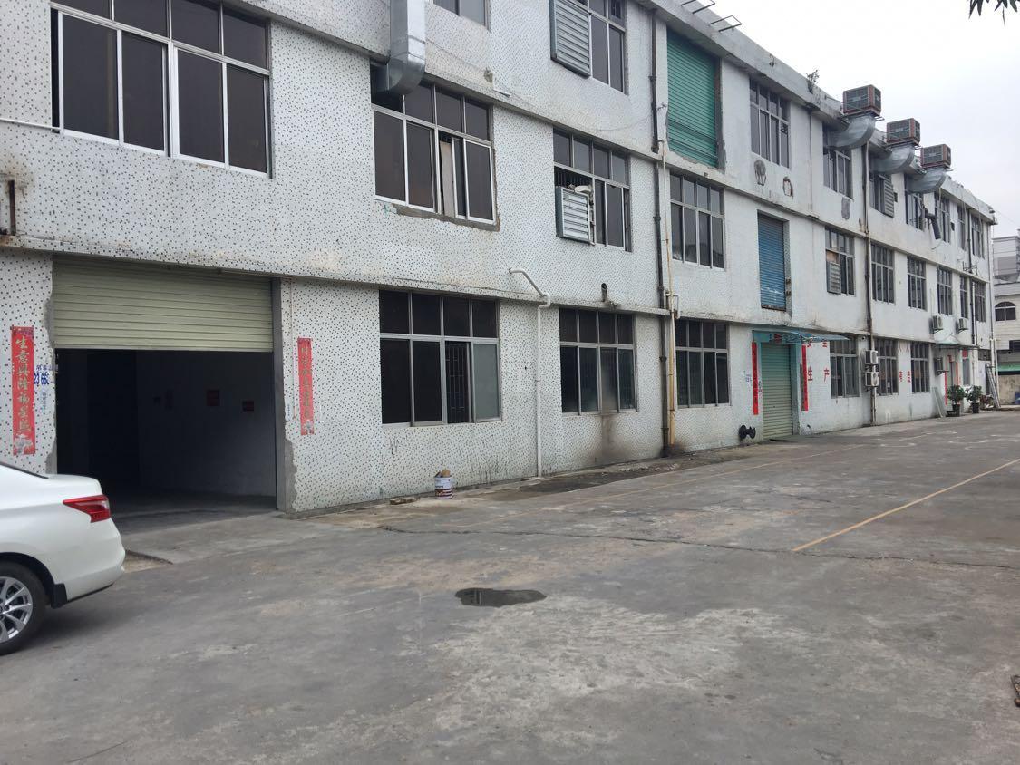 黄江板湖村二楼1400平米带装修厂房出租