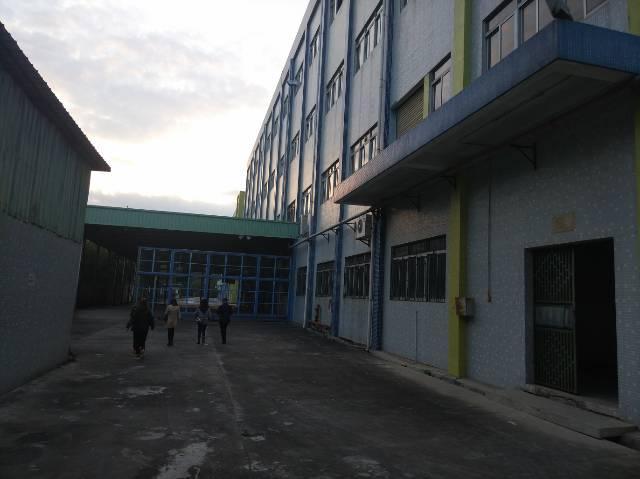 松岗燕川新出原房东厂房55000平方有红本20含税元低价招租