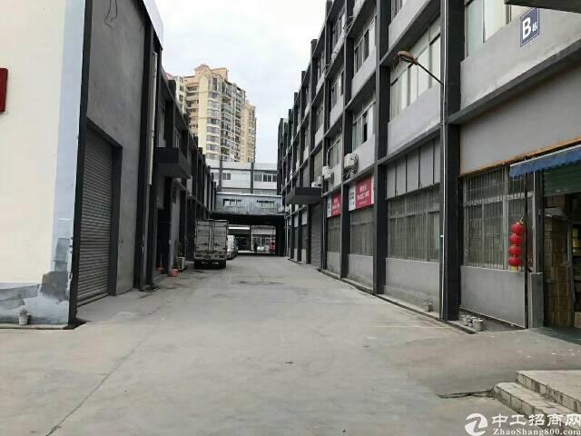 布吉南岭3.4楼带装修厂房1680平方出租