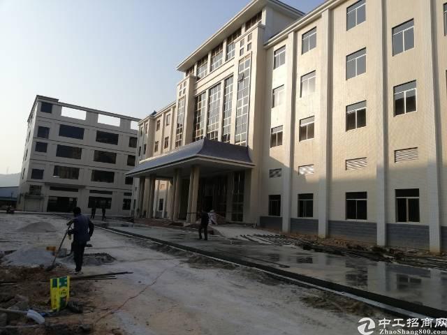 黄江镇靠近深圳公明新出独门独院标准厂房6300平方出租