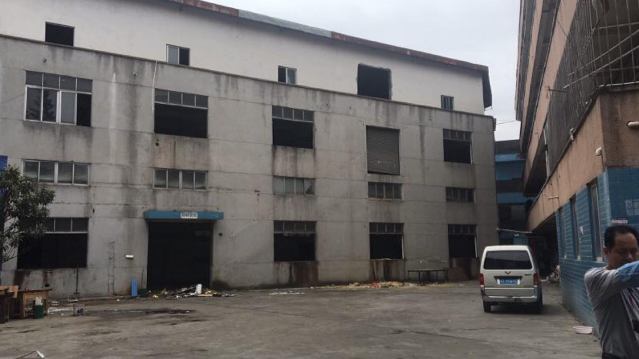 凤岗镇新空出独栋厂房1-3层1950平米