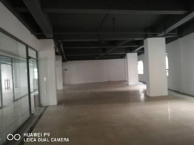 五和大道一楼400平仓库出租可做物流