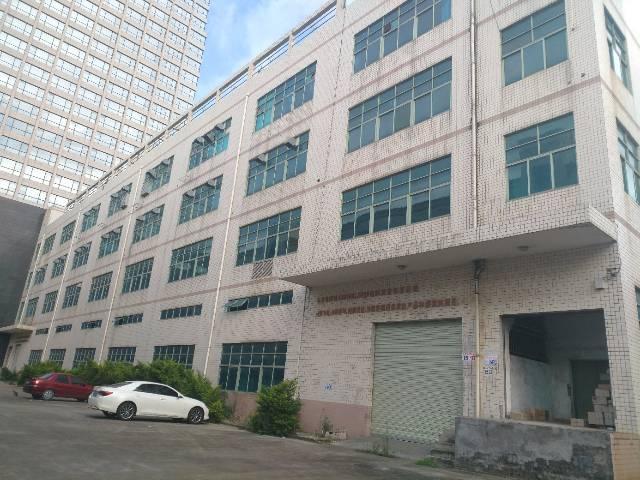 龙岗平湖华南城西门附近楼上500平方带装修厂房出租