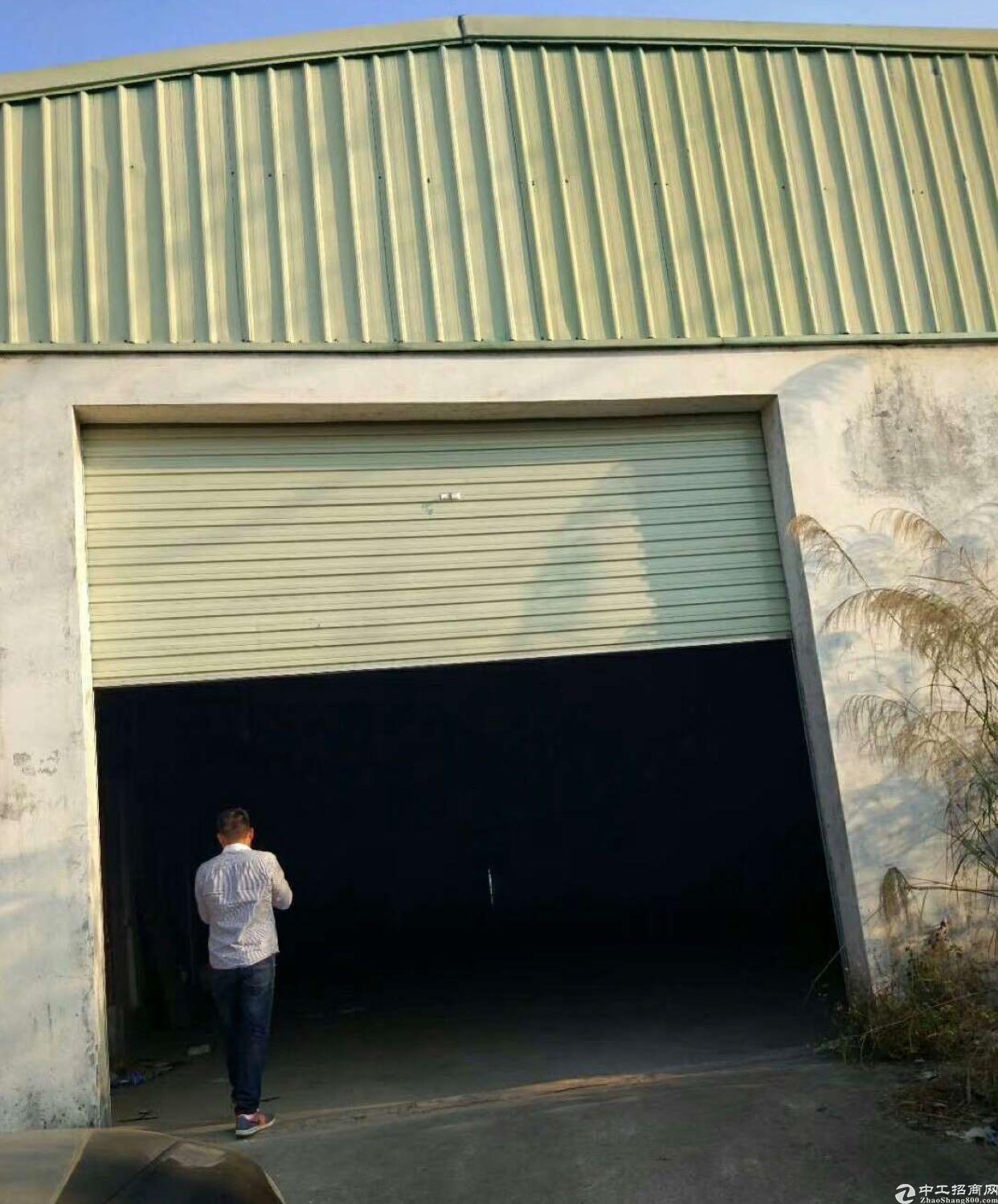 污染行业的福利,山边铁皮厂房900平方出租