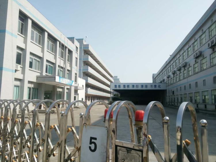 寮步成熟工业园区,独院厂房现成装修水电齐全、