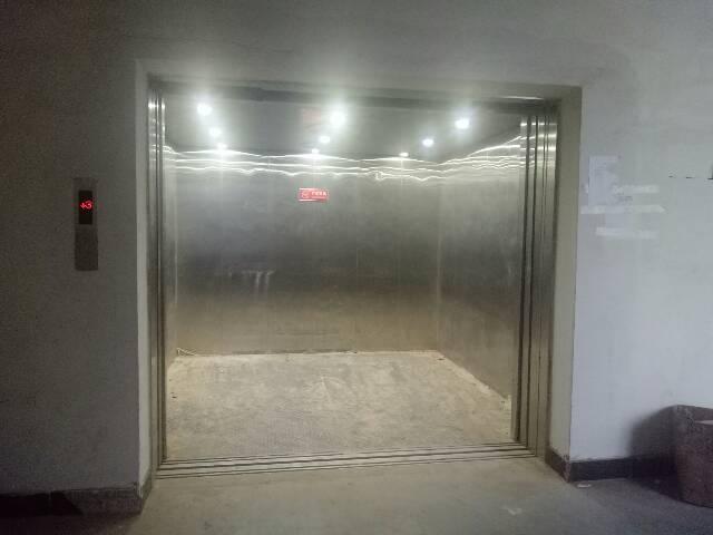 厚街镇双岗村新出标准家具厂房带环评独门独院6000平方米出租