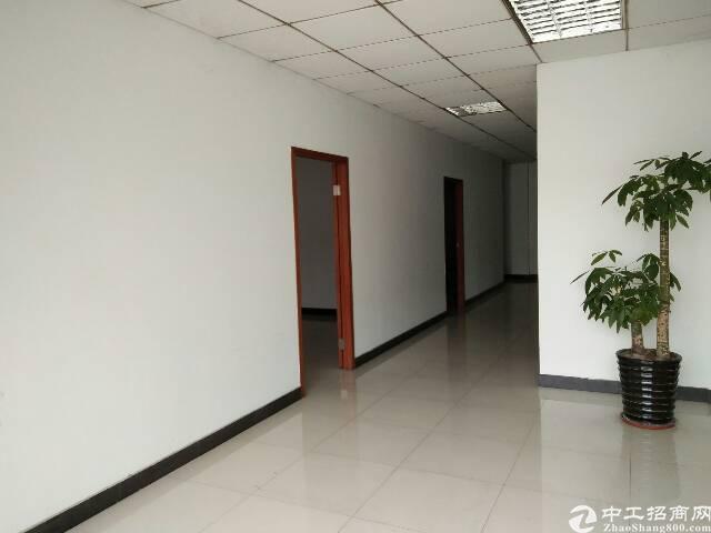 虎门高速出入口附近新出单一层独院厂房1300平方,现成办公室