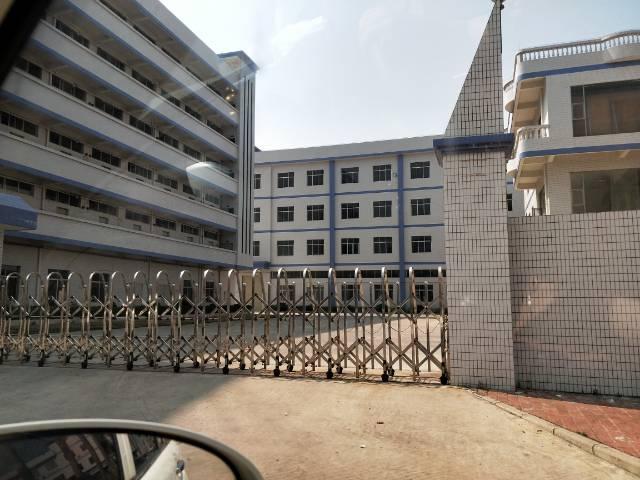 企石镇花园式标准厂房1-4层8000平方