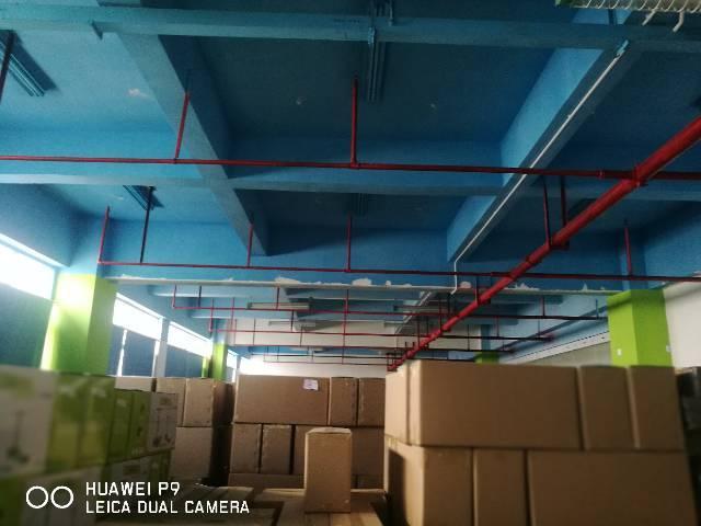 李朗原房东楼上1700平精装修