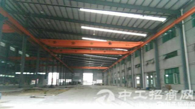 东莞市寮步镇独院单一层钢构10000平方带行车招