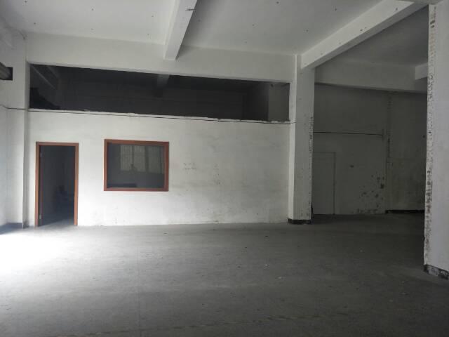 厂房一楼出租