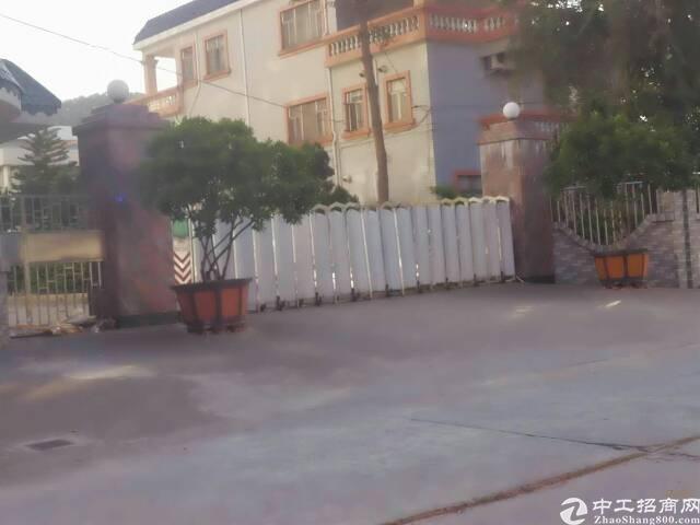 东莞市茶山镇新岀三层小独院3100平方火爆招租