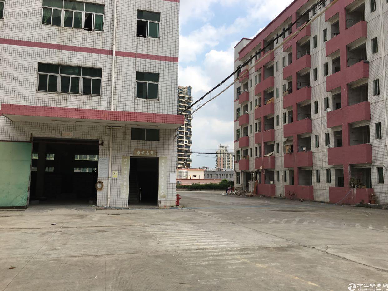 布吉上李朗独栋厂房1-5层8400平方可分租低价出租
