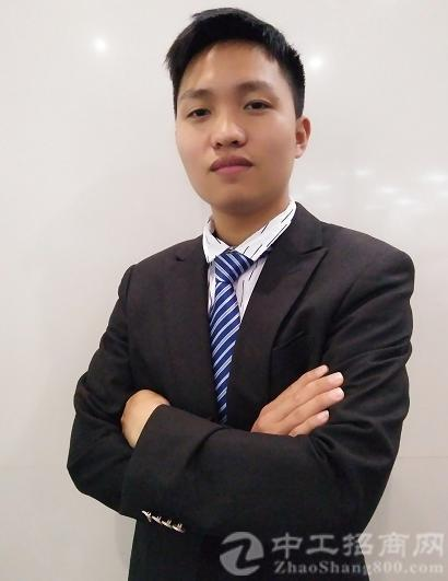 厂房经纪人胡康达