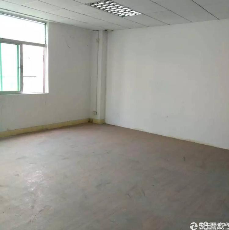 横岗大康上中村700平方,带装修,厂房出租一整层。