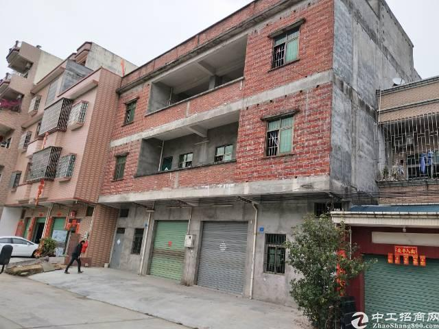 横沥镇原房东独栋三层楼出租