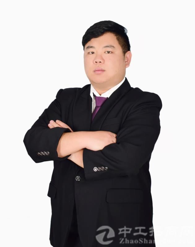 厂房经纪人周嘉庆