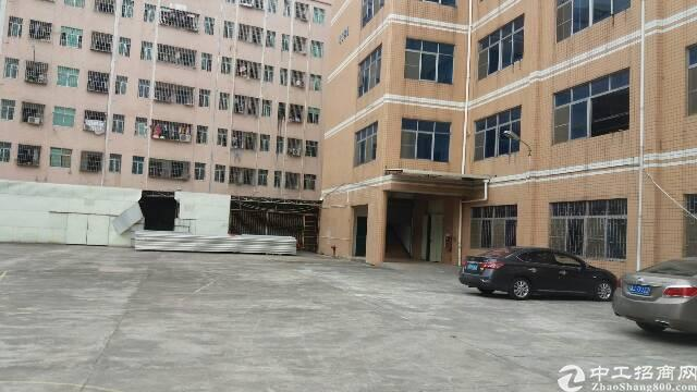 平湖辅城坳工业区独门独院8000平方