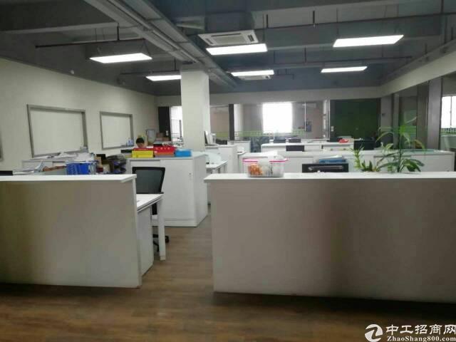 福永和平大型工业区楼上3200平米金装修厂房出租