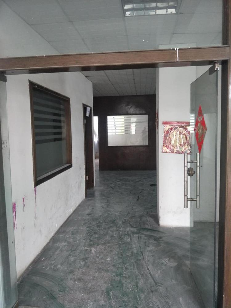松岗高速出口独门独院1-2层1000平米24元招租-图3