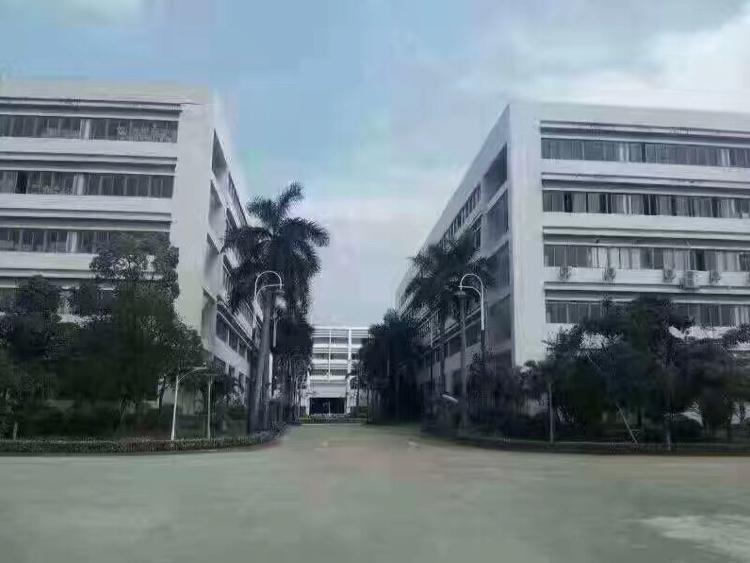 东莞市寮步镇科技园30500国有证厂房低价出售