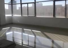 清湖小学轻轨站附近楼上700平精装修写字楼,免装修费