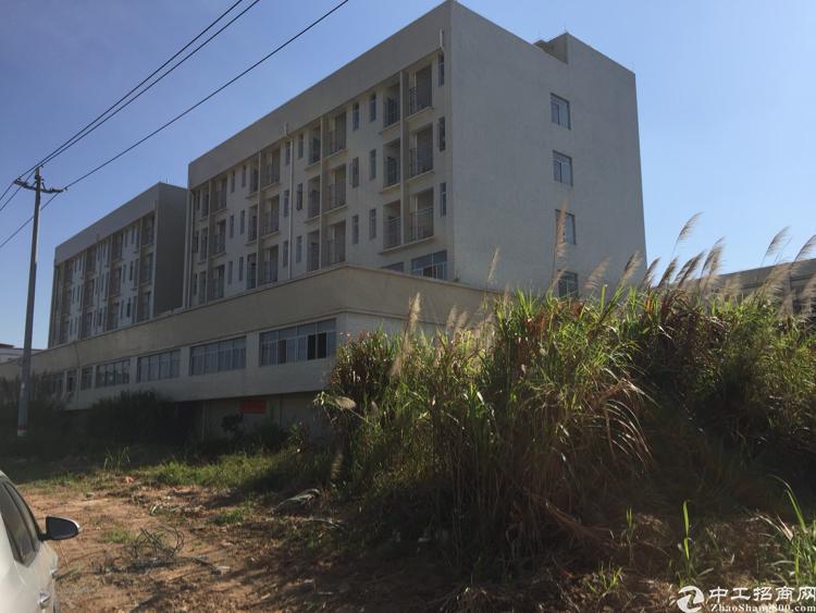 石排镇7500平方独院厂房出售