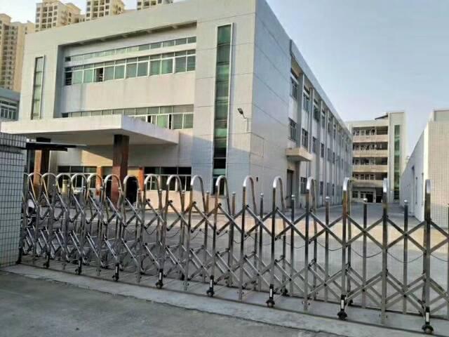 长安镇新出独院厂房1一3F9000平方带精装修