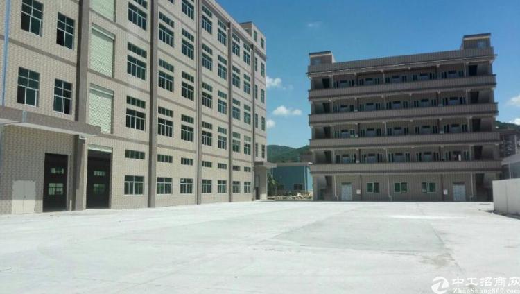东莞市大湾区广深高速道滘23500平米国有证厂房低价出售