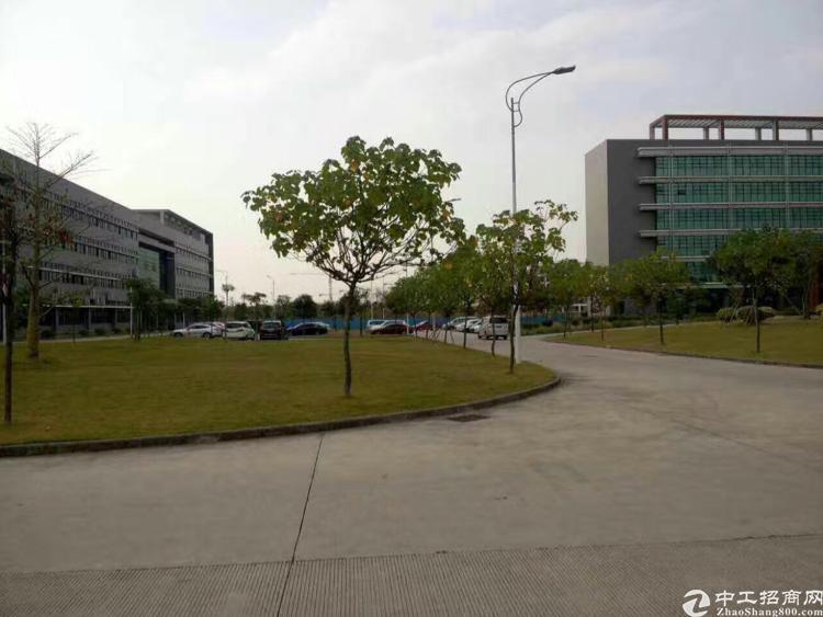 东莞市塘厦镇高新科技园58000平米国有证厂房低价出售