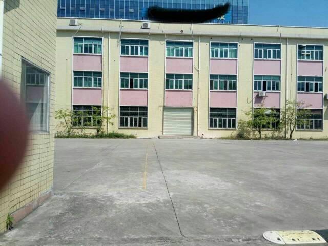 平湖独院厂房1–3层6000平米招租!可分租!