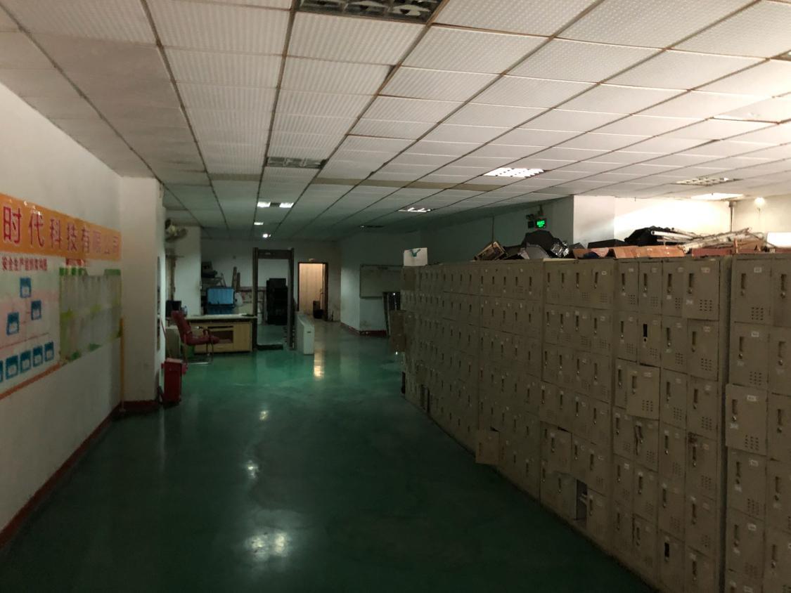 福永塘尾地铁口边上楼上新出500平带精装修