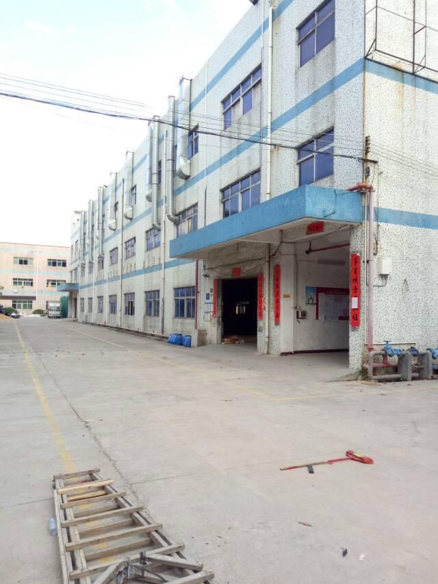 坑梓秀新标准厂房一二三楼4600平方招租