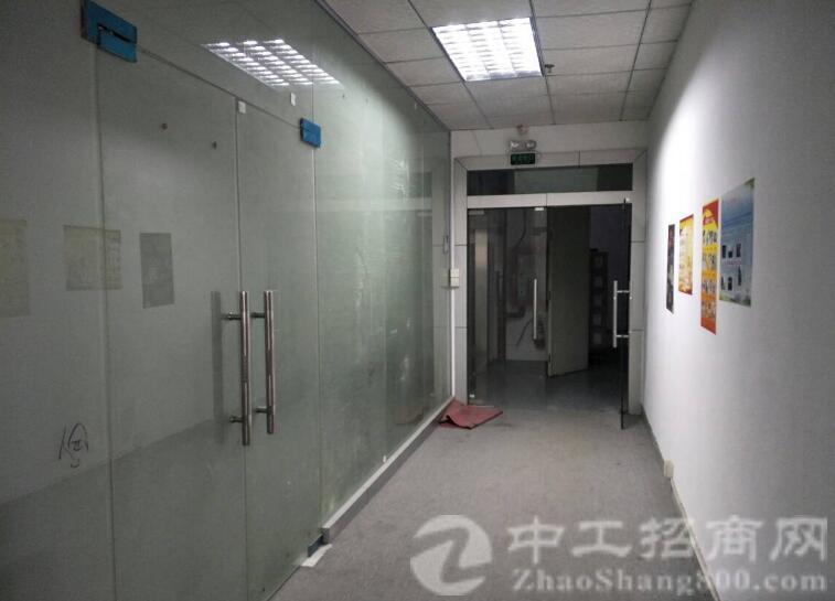 出租沙井宝安大道附近整层楼上2500平米带装修厂房-图4