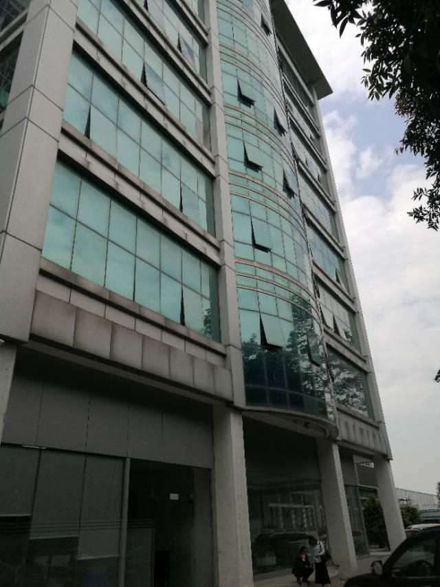 福永地铁口楼上1200带装修厂房出租-图4