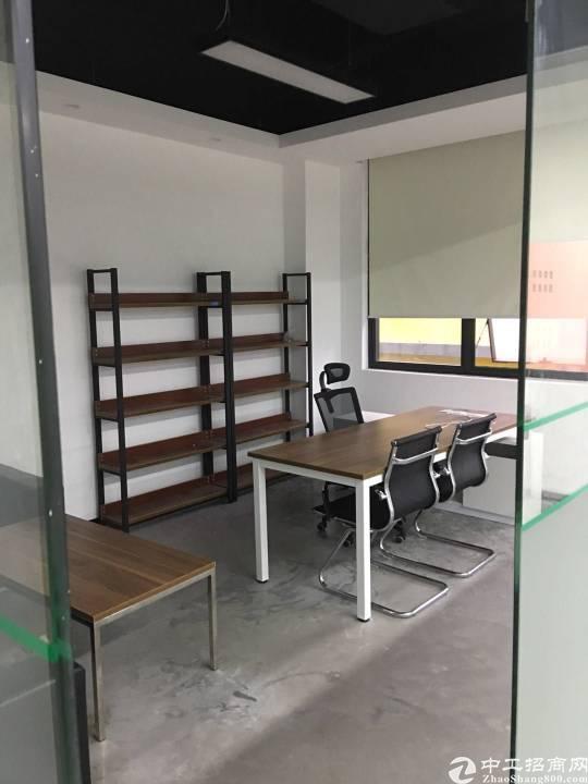 龙华靠近坂田三楼办公室270平方出租带家私