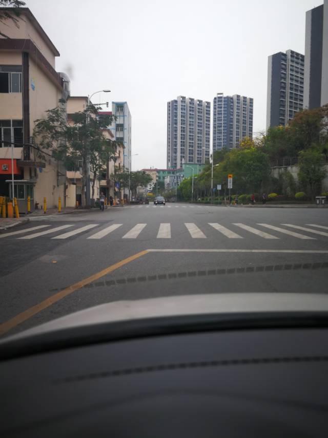 坂田布龙路边一楼540平方超大空地适合国际物流出租