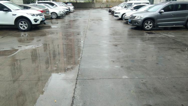 平湖辅城坳1000平带精装办公室标准厂房