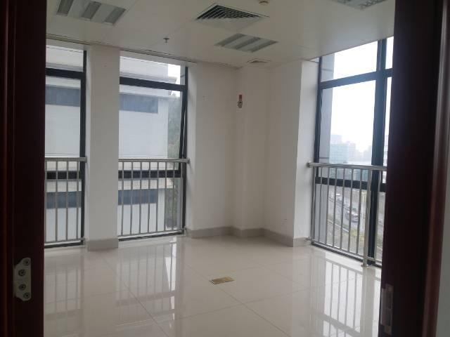 深圳北站附近甲级写字楼18楼420平方,无敌采光