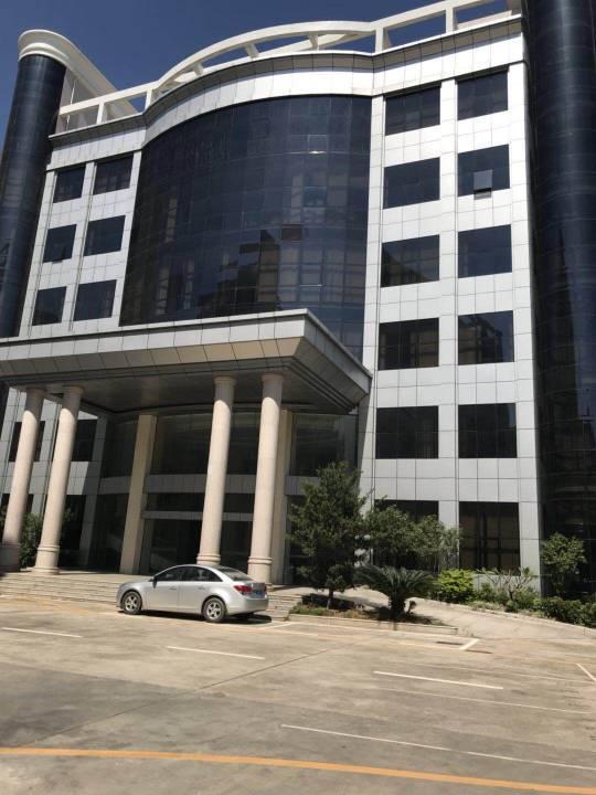 惠州镇隆工业园区内独栋12000平标准厂房出租!
