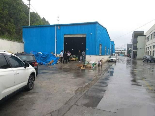 深圳周边1500平米钢构可做家私废品打包