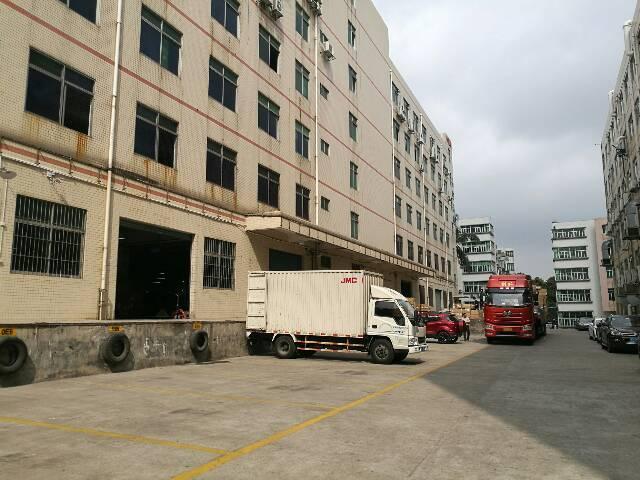 石岩塘头原房东1-4层单层3500平带卸货平台招租