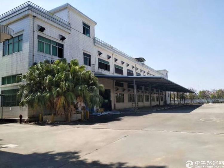凤岗镇近塘厦标准独院厂房1-2层5600平方米出租